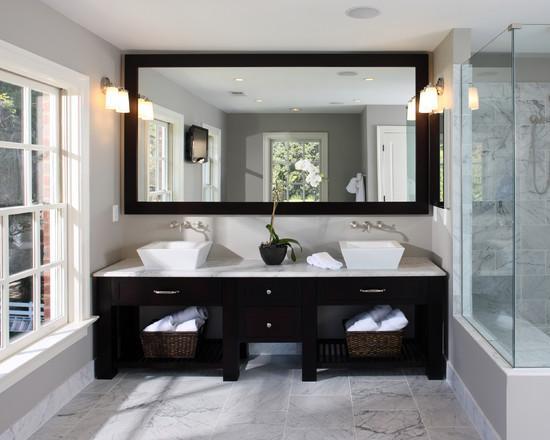 Quel miroir choisir pour la salle de bain: conseils utiles