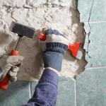 Démontage des revêtements de murs et plafonds