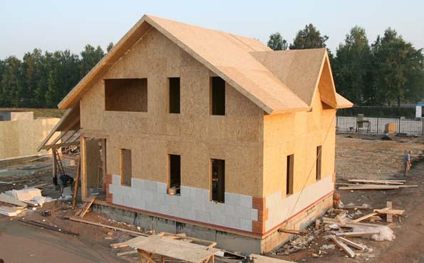 Maisons à panneaux en panneaux de panneaux SIP (SIP): inconvénients et avantages. Quels panneaux SIP choisir pour la construction