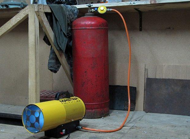Chauffage de garage à faire soi-même: 6 façons économiques de chauffer un garage