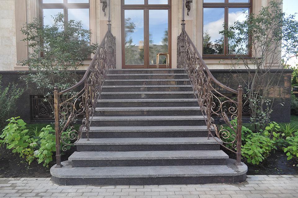 7 conseils pour finir les escaliers en béton dans la maison et dans la rue