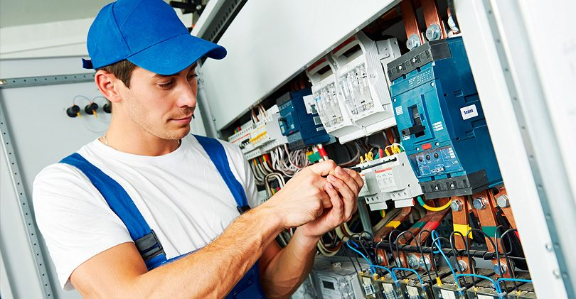5 conseils pour choisir et appeler un bon électricien sur l'exemple de Moscou. Services d'électricien