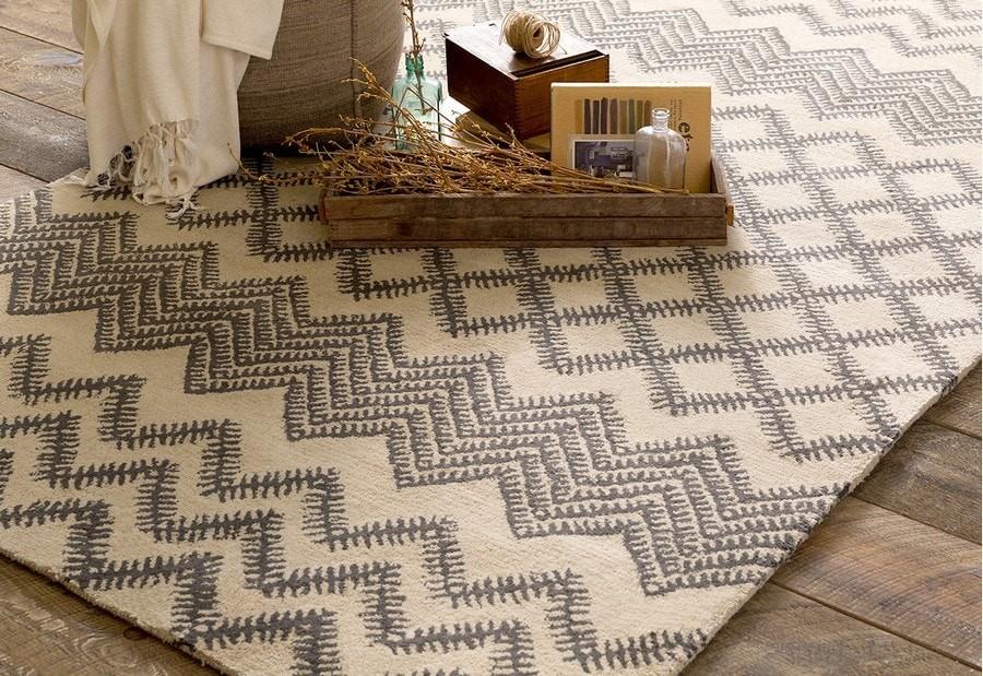 9 conseils pour choisir un tapis au sol: dans le salon, la pépinière, la chambre