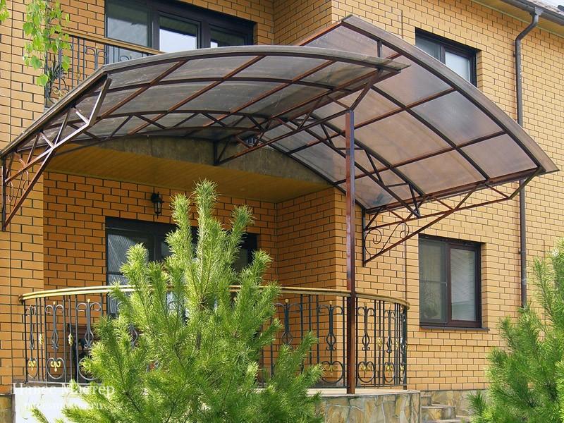 6 conseils pour aménager un auvent (visière) sur le porche d'une maison privée + photo
