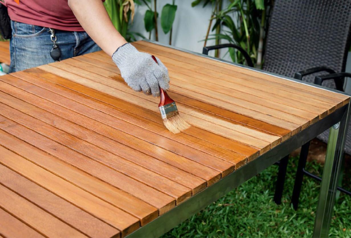 9 conseils pour choisir des outils pour protéger le bois de la pourriture, de l'humidité et du feu