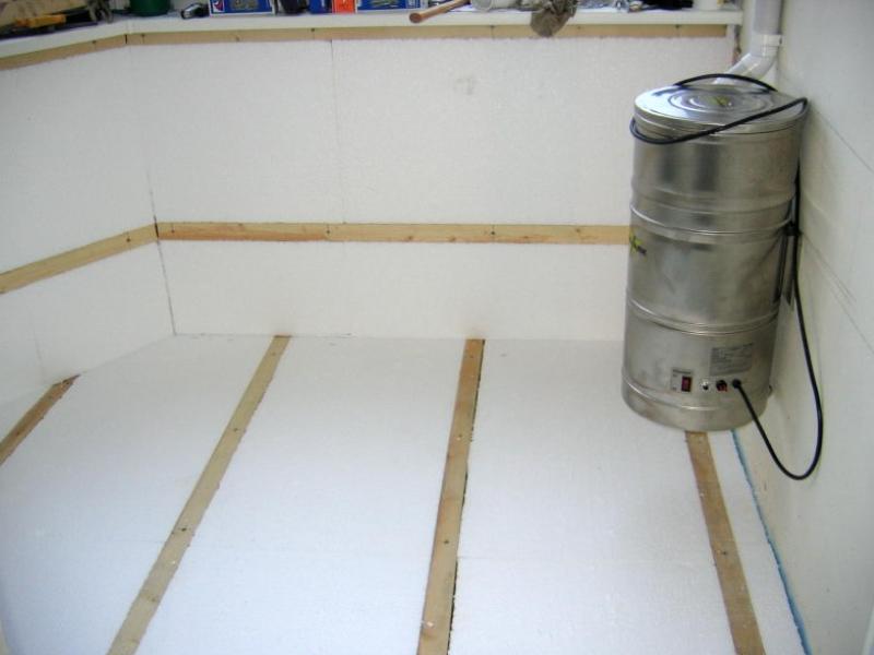 polystyrène pour l'isolation des sols sur le balcon 2
