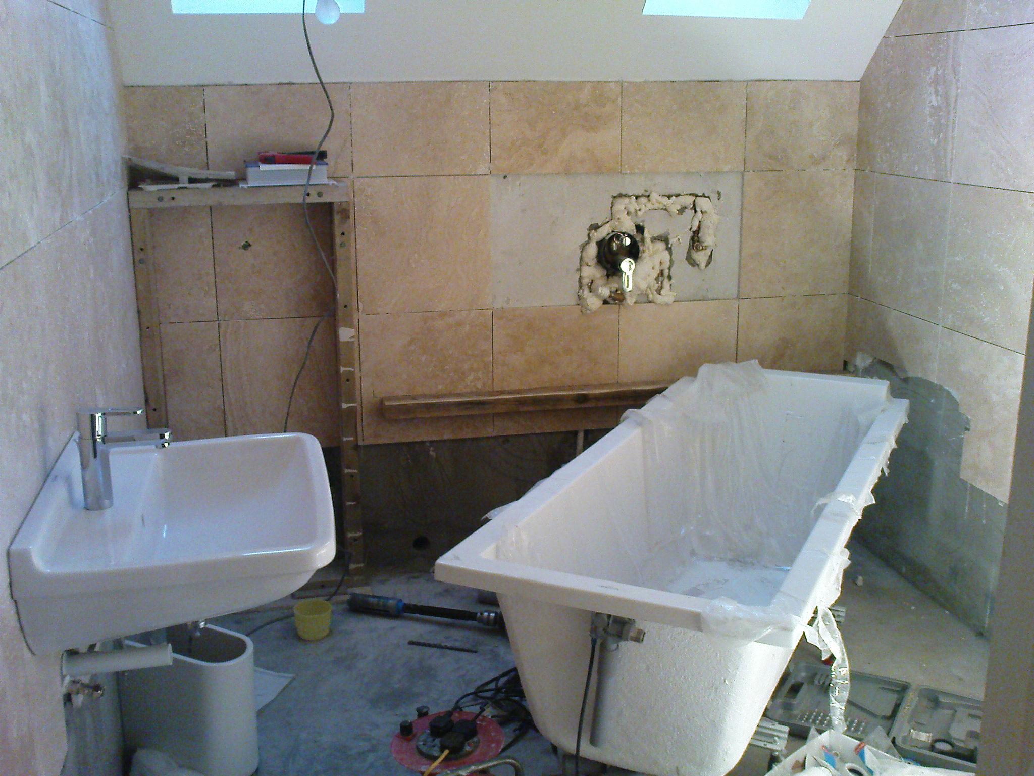 Étapes de réparation de salle de bain