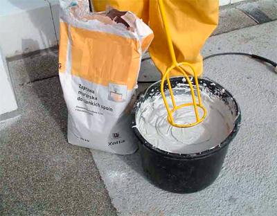 Conseils pour choisir la colle pour les blocs de gaz et les blocs de mousse