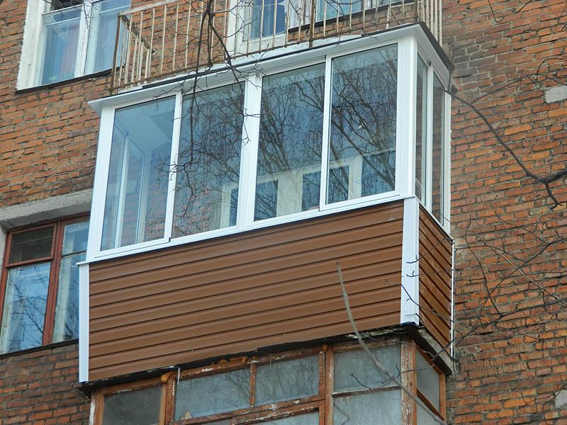 5 matériaux pour décorer le balcon extérieur